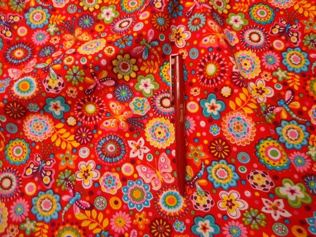 Piros kordbársony, pillangó és virág mintával (2525)
