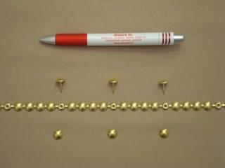 Kárpitos dísz-szeg, méteres, arany színben (2561)