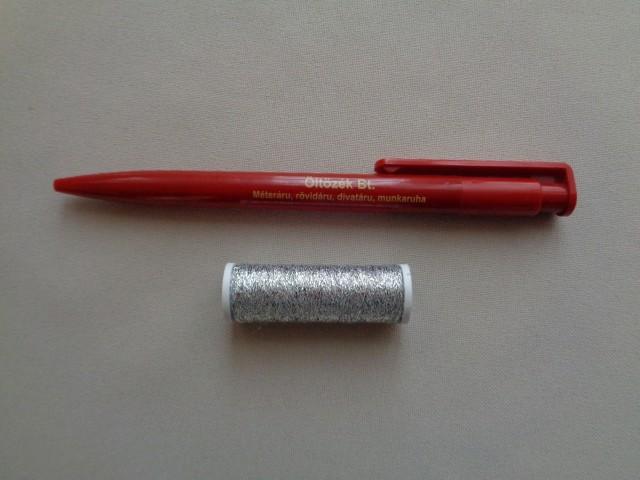 Ezüst színű cérna (2731-1)