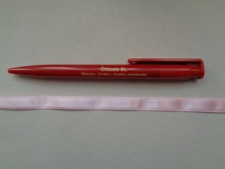 1 cm széles szatén szalag, világos rózsaszín (2674-20)