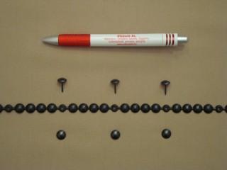 Kárpitos dísz-szeg, méteres, fekete színben (2561-2)