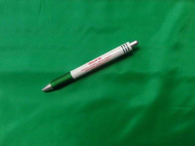 Poliészter bélésselyem, zászló zöld (3260)