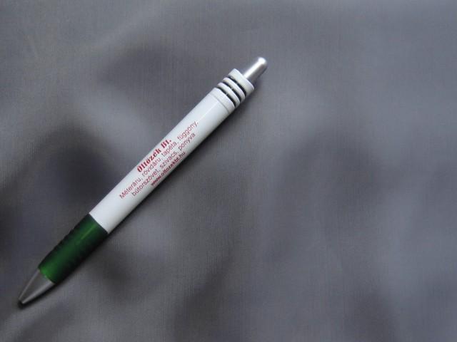 Poliészter bélésselyem, közép szürke (3276)