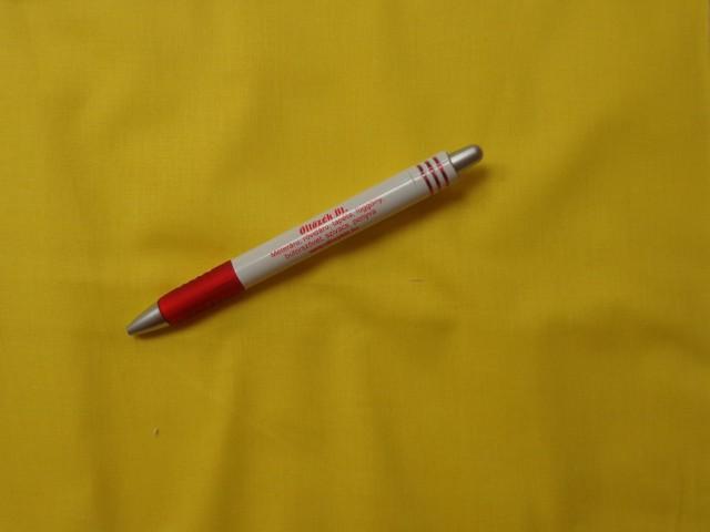Egyszínű citromsárga pamut vászon, 1,4 m széles, 140 g/nm vastagságú (3834)