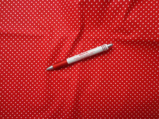 Mintás pamutvászon, piros alapon fehér tűpettyes (3866)