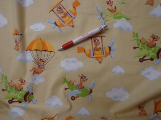 Gyerekmintás vászon, drapp alapon repülős (4144)