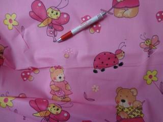Gyerekmintás vászon, rózsaszín alapon macis, katicás, lepkés (4150)