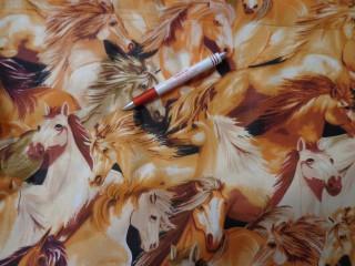 Gyerekmintás vászon, rőt alapon lovas (4179)