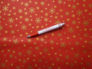 Karácsonyi karton, piros alapon arany csillagos-hópihés (5845)