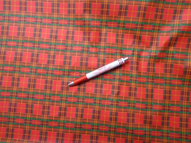 Mintás karton, piros-zöld skót kockás (5849)