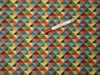 Jacquard szövet, kisebb színes háromszög mintákkal (5861)