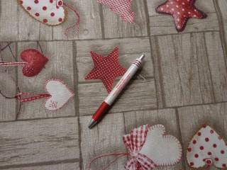 Loneta, karácsonyi vászon, barna alapon piros-fehér szíves, csillagos (7463)