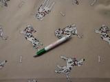 Loneta, drapp alapon, dalmata kutyás, vastag kerti bútor vászon (7832)