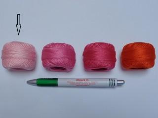 Gyöngy hímzőfonal (perlé), halvány rózsaszín (7911-3414)