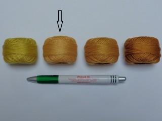 Gyöngy hímzőfonal (perlé), világos barna (7952-9528)