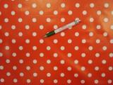 Viaszos vászon, piros alapon fehér sűrű pöttyös (7979)