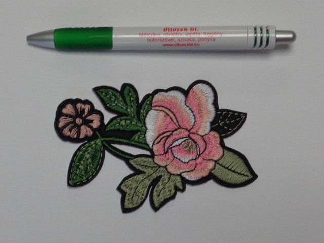 Felvasalható rózsák a Textilcenternél! 2b135ed3f9