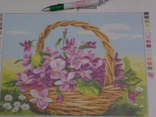 Gobelin, lila virág kosárban (8458)
