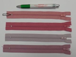 RT0-s, 18 cm hosszú, műanyag, spirál fogú cipzár, világos mályva (8568)