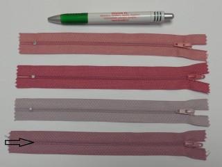 RT0-s, 18 cm hosszú, műanyag, spirál fogú cipzár, sötét mályva (8570)