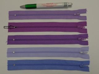 RT0-s, 18 cm hosszú, műanyag, spirál fogú cipzár, mályvás lila (8573)