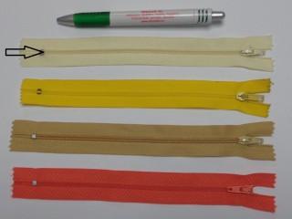 RT0-s, 18 cm hosszú, műanyag, spirál fogú cipzár, vajsárga (8581)