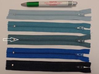 RT0-s, 18 cm hosszú, műanyag, spirál fogú cipzár, szürkés kék (8595)