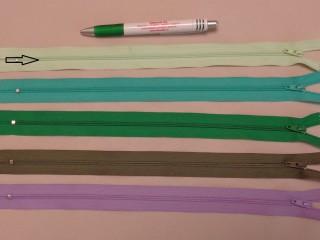 RT-0, 35 cm hosszú, műanyag, spirál fogú cipzár, almazöld (8633)