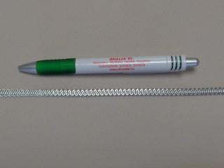 Fém halcsont; 0,6 cm széles (8992)
