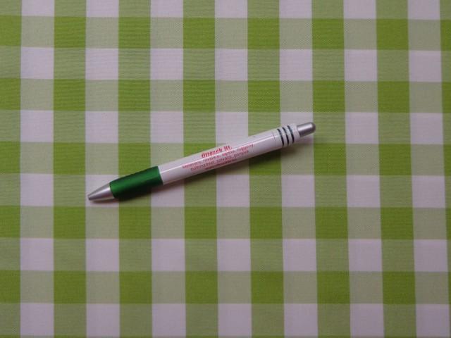 Kockás minimatt szövet, világos zöld-fehér (9170)