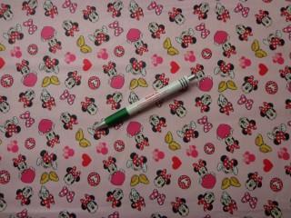 Disney mintás pamutvászon, rózsaszín alapon Minnies, szíves, masnis (9388)
