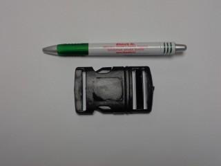 Műanyag TUK csat, 40 mm széles, fekete (9496)