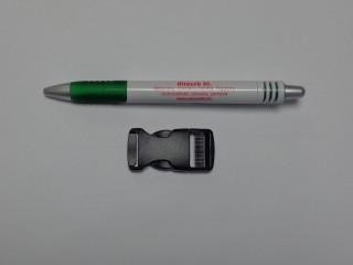 Műanyag TUK csat, 20 mm széles, fekete (9495)
