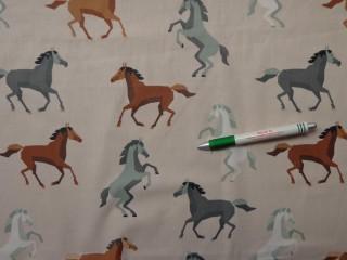 Gyerekmintás pamutvászon, drapp alapon lovas (10302)