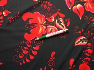 Barbi jersey, fekete alapon piros virágos (10423)