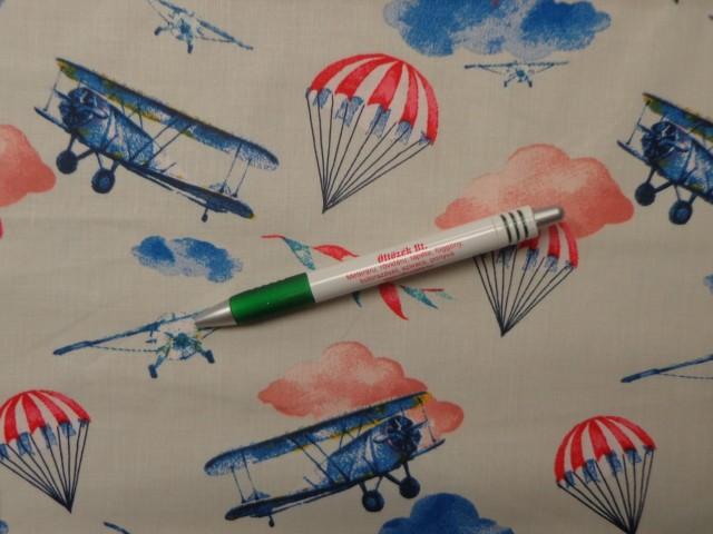 Gyerekmintás pamutvászon, repülős-ejőternyős (10820)