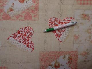 Loneta, rózsás, horgolt szivecskés, kerti bútor vászon (10843)
