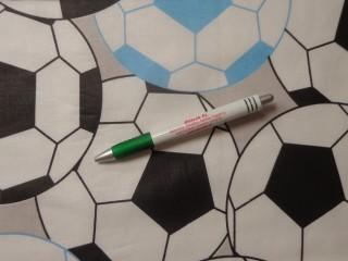 Gyerekmintás pamutvászon, focilabdás, kék (11061)