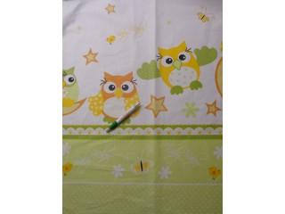 Gyerekmintás pamutvászon, baglyos, zöld-sárga, bordűrös (11249)