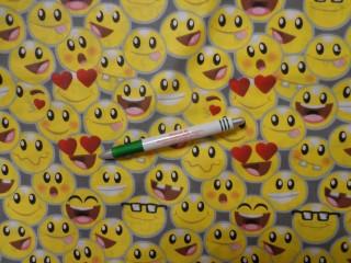Gyerekmintás pamutvászon, szürke alapon smiley-s (11526)