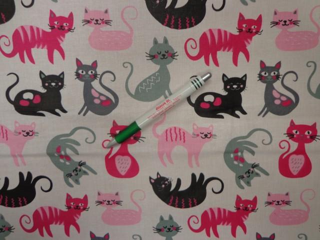 Gyerekmintás pamutvászon, fehér alapon pink-szürke-fekete cicák (11585)
