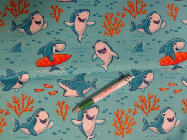 Gyerekmintás pamutvászon, türkiz alapon vidám cápás (11603)