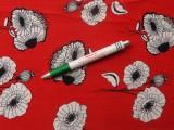 Virágos viszkóz, piros alapon fehér virágos (11809)