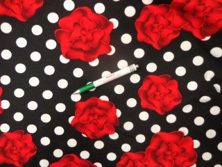 Őszi jersey, fekete alapon pöttyös-rózsás (11903)