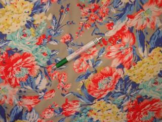 Rugalmas viszkóz jersey, drapp alapon színes virágos (11904)