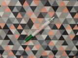 Mintás pamutvászon, szürke-barack háromszöges (12022)
