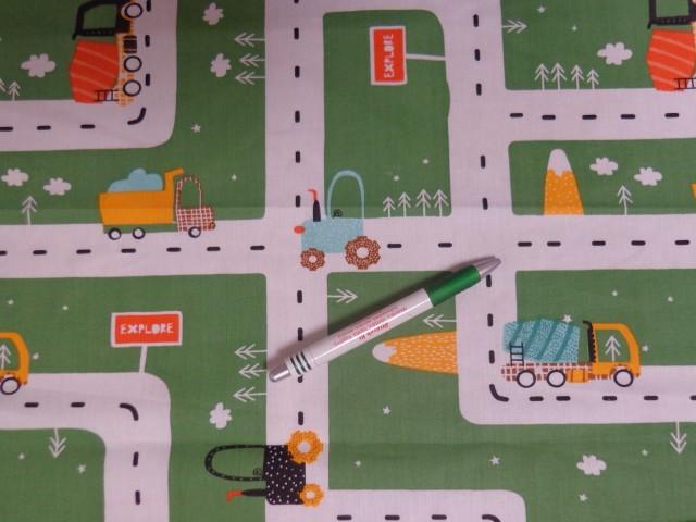 Gyerekmintás pamutvászon, autópályás, zöld (12176)