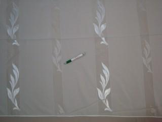 Fehér alapon  fehér, fényes levélmintás  fényáteresztő függöny, 180 cm magas (7328-6)